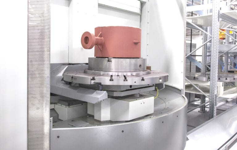 The first step in cutting setup-time of machining centers is equipping the machine with an automatic pallet changer (APC). Next, pallets need to be buffered in a pallet pool or flexible manufacturing system.