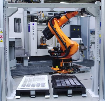 Agile Robot Cell material station